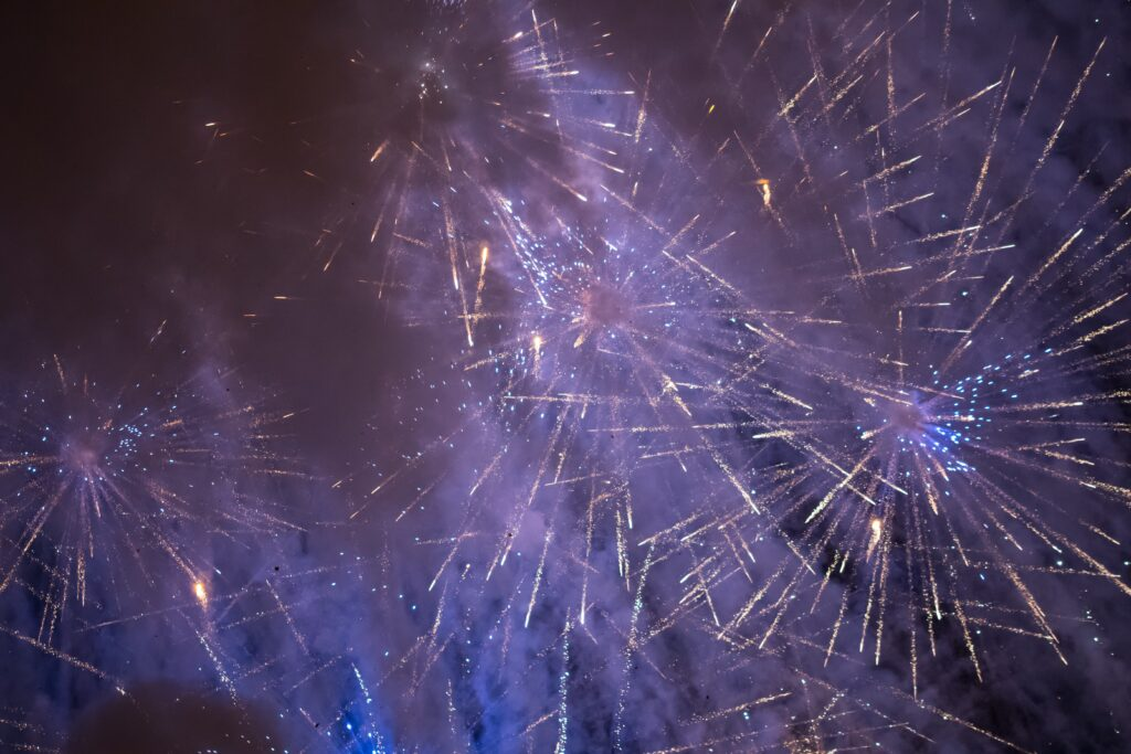 how to photograph fireworks - blue fireworks