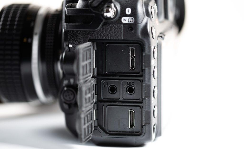 Nikon D500 ports